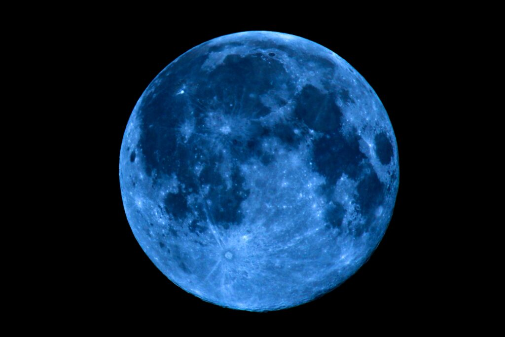 Τι φέρνει η Νέα Σελήνη του Απρίλη στα 12 Ζώδια, από τις 23/4 ως τις 7/5!!